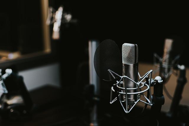 Jak wyposażyć studio nagrań?