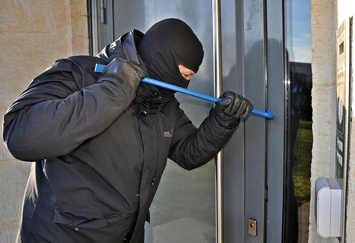 Jak zabezpieczyć sklep przed kradzieżą
