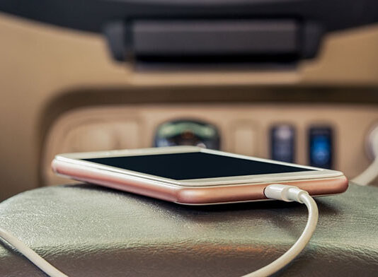 Bezpieczny i praktyczny gadżet do Twojego samochodu
